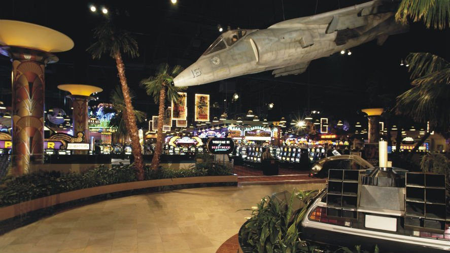 hollywood casino travel center