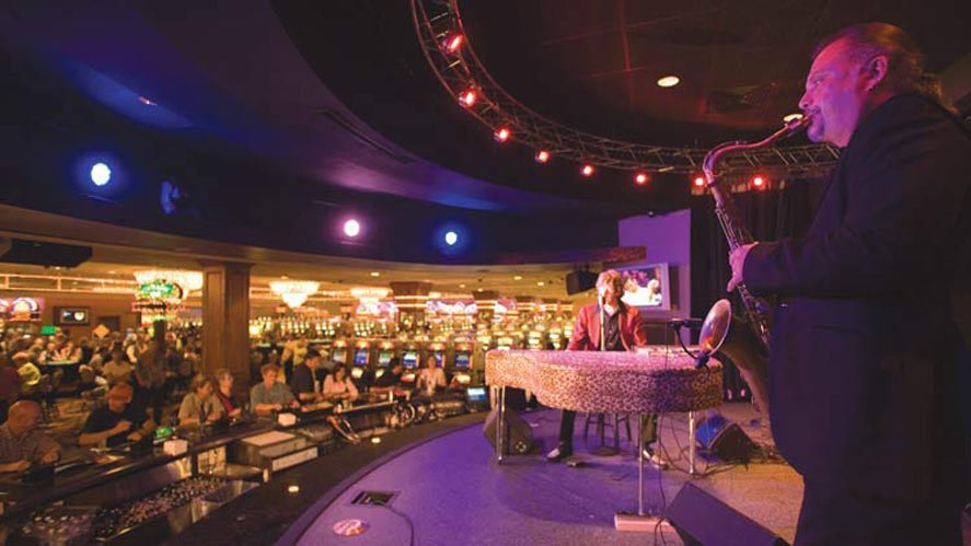 Legends Stage Bar - Tunica