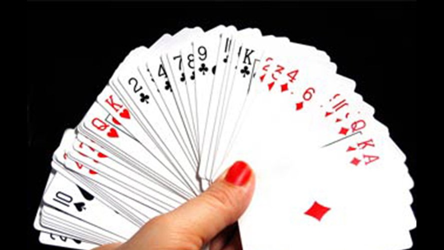 Two Deck vs Six Deck Blackjack Games