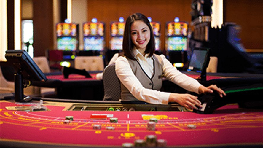 https://tunicatravel.com/wp-content/uploads/casino_dealer_woman_887x499.jpg